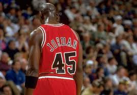25年前的今天,乔丹首次复出第五场比赛狂砍55分